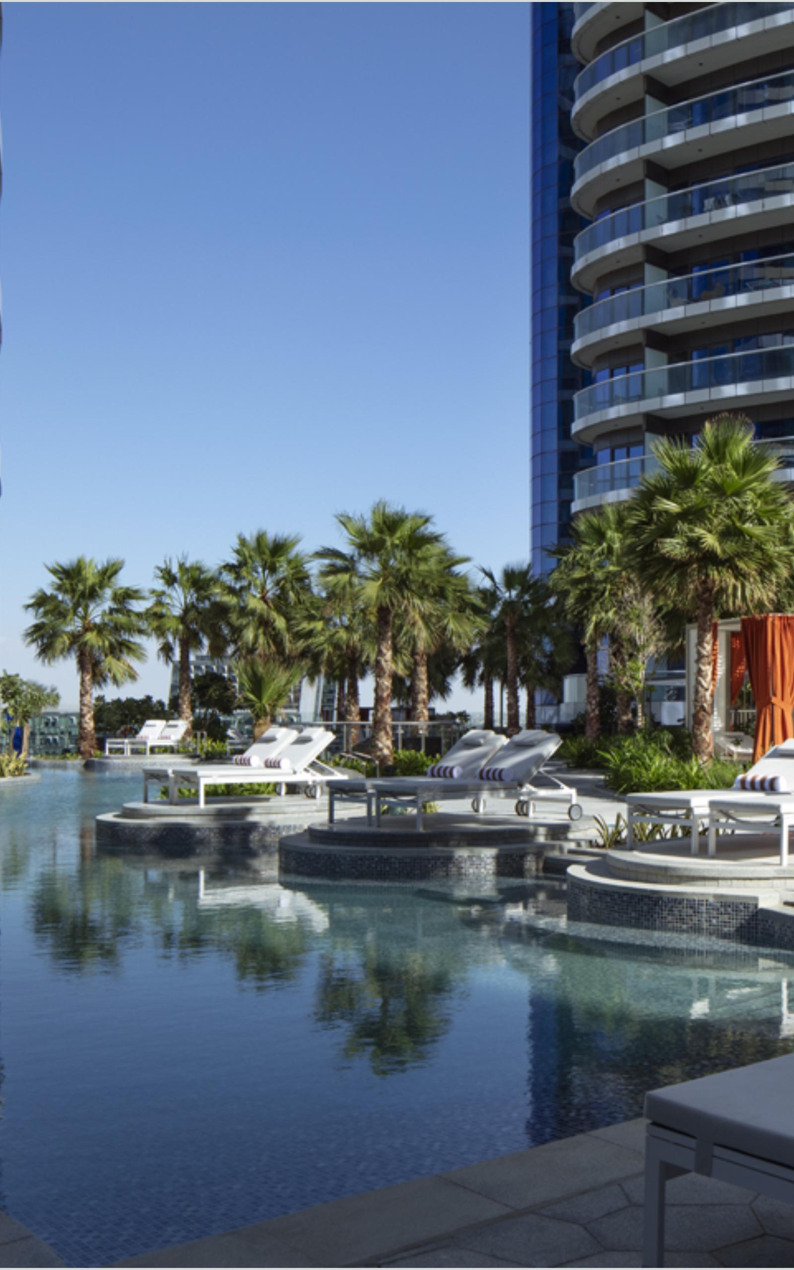 paramount hotel pool
